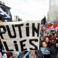"Russians Rally Against Plans for an ""Online Iron Curtain"""