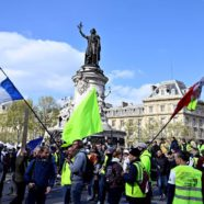 France's 'Yellow Vest' Protesters Take to the Streets for the 22nd Straight Weekend