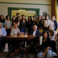 On Anne Frank's 90th Birthday, Her Childhood Friends Meet With Students in Amsterdam