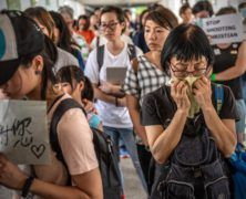 Hong Kong Protester Dies After Unfurling Anti-Extradition Banner